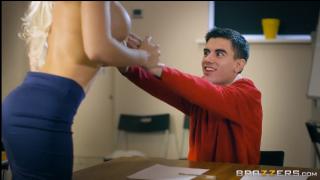 Brazzers – Yeni Öğretmen (2018)